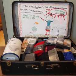 Foto: Spende im Koffer