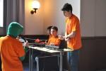 Donnerstag Vormittag: Aufbau der Technik in der Aula